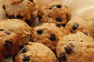 choc chip oatmeal muffins